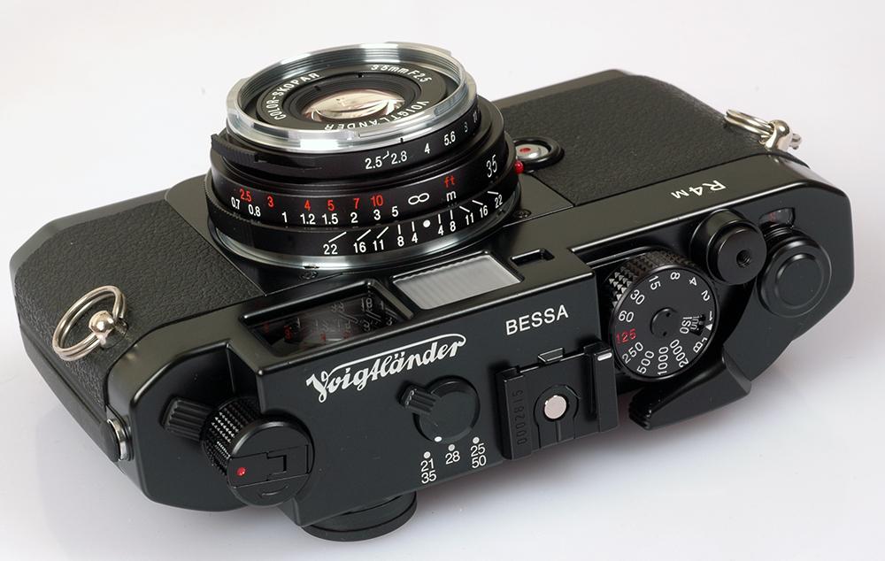 Voigtlander 35mm 35/2 5 PII Leica M Color Skopar lens
