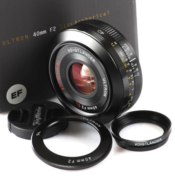 Voigtlander 40mm SLIIN 40/2 Canon EOS Mt w/ Close Up